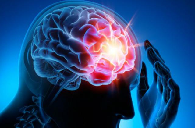 Etude d'une prise en charge neuropsychologique précoce de patients victimes d'un traumatisme crânien léger.
